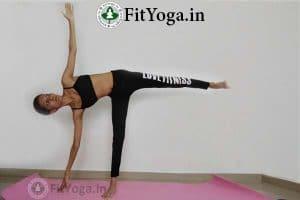 ardha chandrasana benefits